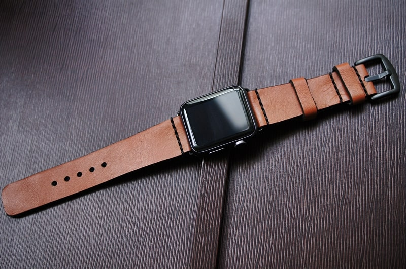 how to change the size of a elasticsize watch band